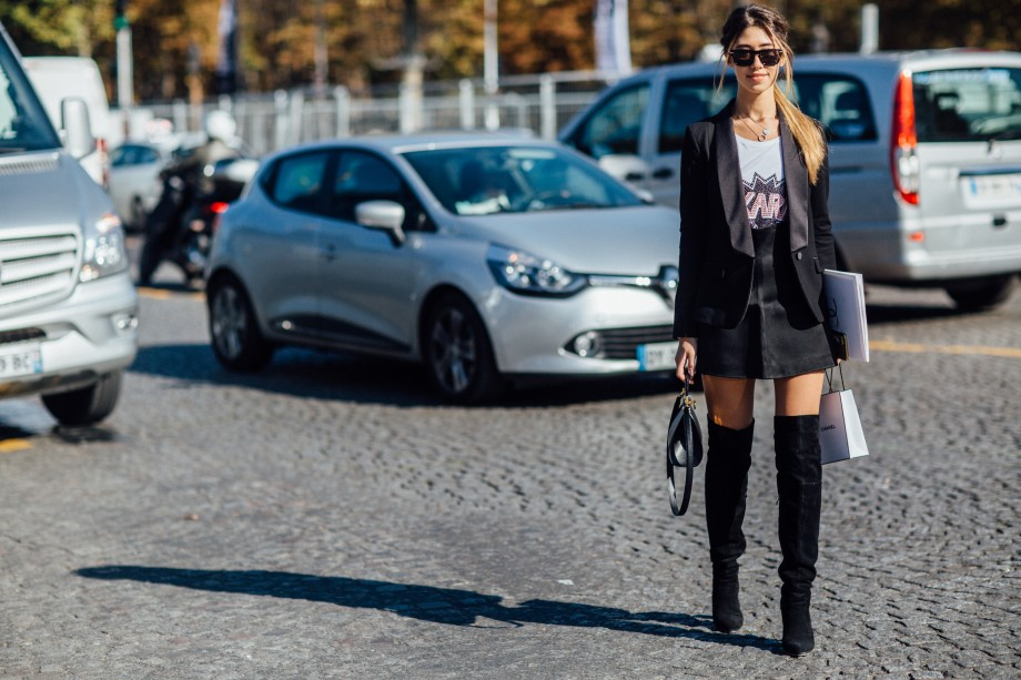 chanel ss17 streestyle pfw